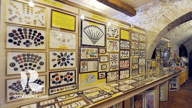 santarcangelo-museo-dei-bottoni